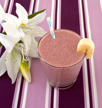 Cantaloupe Raspberry Banana Smoothie